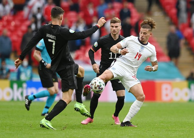 EVERY SECOND COUNTS: England midfielder Kalvin Phillips battles for possession with Kai Havertz. Picture: Shaun Botterill/Getty Images