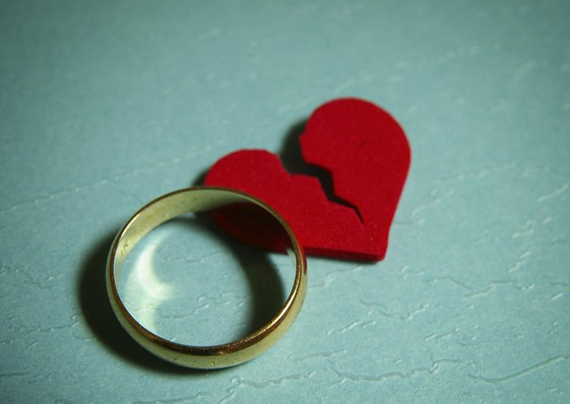 The Government has promised to change the way that divorces work, which would ease some of the antagonism created by the process. PA Photo/thinkstockphotos.