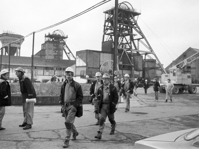"""Library image from 1985 of  miners at Betteshanger Colliery.  The Government has been accused of delivering a """"slap in the face"""" to members of the pension scheme for mineworkers after rejecting calls by MPs to make reforms"""