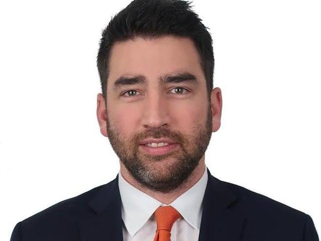 Donald Maxwell-Scott  is a Technical Investment Manager at Rowan Dartington