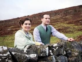 Helen Alderson, played by Rachel Shenton, and James Herriot, played by Nicholas Ralph.  (Credit: Playground Television (UK) Ltd. / Photographer: Ed Miller)