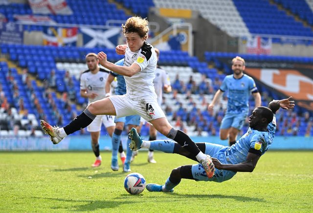 Leeds United transfer news (Photo by Ross Kinnaird/Getty Images)
