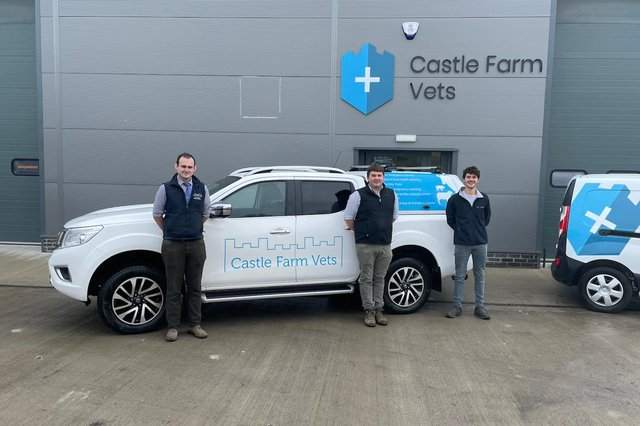 As part of a larger well established farm practice Castle Farm Vets can offer extra services to local farmers