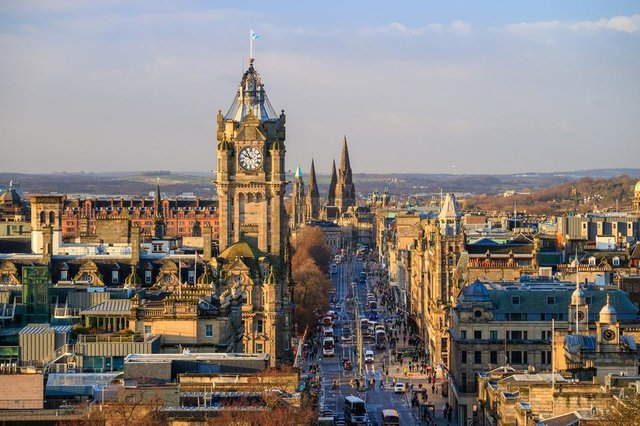There are currently no rules against travelling to Scotland from England