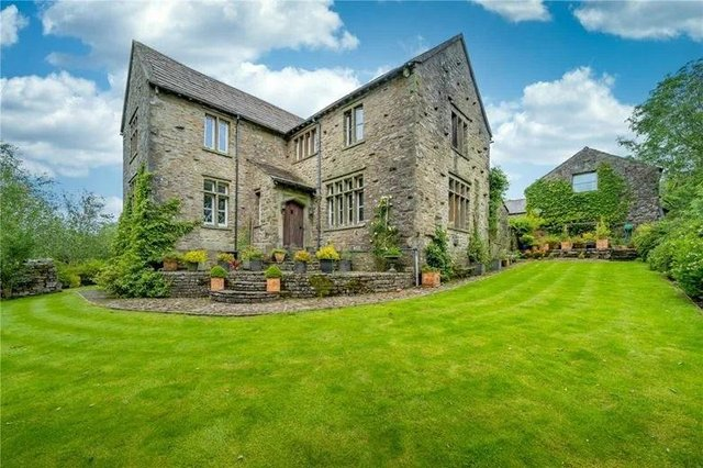 Swarthghyll includes an immaculately presented three bedroom principle house, with two bathrooms, extensive entertaining space and an attached one bedroom annexe.