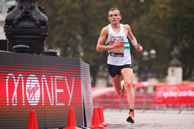 The UK's Joshua Griffiths competed in the Elite Men's race at the 2020 Virgin Money London Marathon around St. James's Park on October 04, which was a closed event for only professional athletes.  (Picture: Pool/Getty Images)